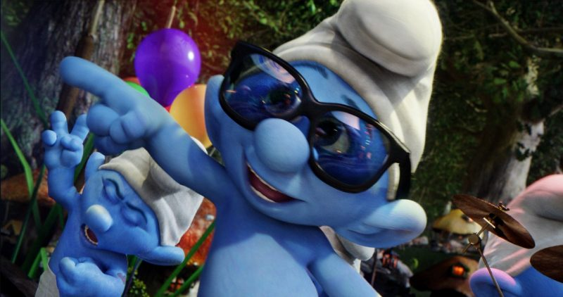 Family Love - Review atas Film Smurf 2 1
