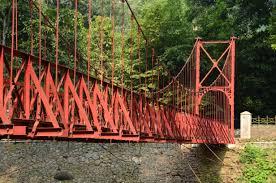 bogor botanical garden red bridge