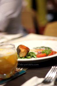 Menikmati Sup Ikan Segar di Uncle Tjhin Bistro 2
