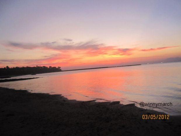 pantai di indonesia yang indah dan ingin dikunjungi